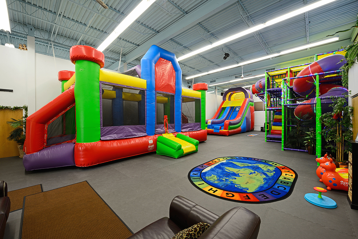 Bounce safari a wild place for kids for Indoor party places for kids